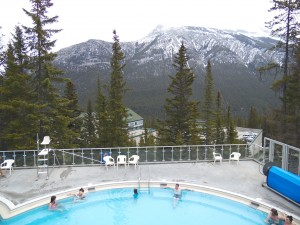 Hot springs pool. Vista superior.